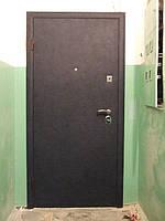 Дверь бронированная. Отделка - винилискожа