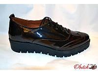 Туфли-броги женские закрытые Украина лаковая кожа темно-коричневые Uk0093