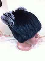 Меховая шапка из черного кролика с серыми ушками на вязанной  основе