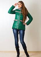 Стильная женская курточка с капюшоном