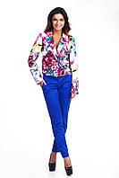 Классические женские брюки зауженные в ярком цвете