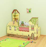 """Кровать с фигурной спинкой, ограждением и прикроватными башенками """"Обыкновенное чудо"""""""