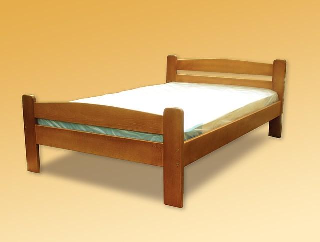 Ліжка двоспальні з буку