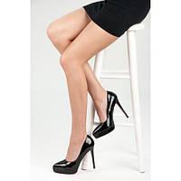 Женские черные лаковые туфли на шпильке с красной подошвой