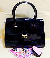 Женская сумочка лаковая хорошего качества