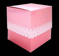 Упаковка для чашки картон с принтом (ажурная) розовая