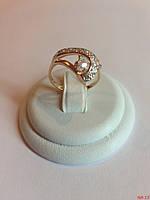 Нежное золотое колечко 585* пробы с камнями разных размеров
