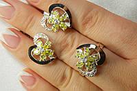 Серебряный набор украшений с золотыми накладками - кольцо и серьги