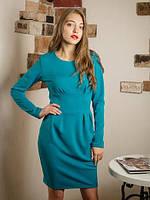 Модное бирюзовое платье приталенного кроя с карманами