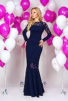 Модное платья со вставками гипюра и клешное к низу