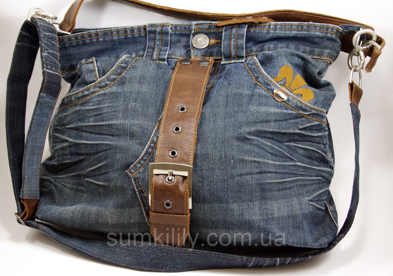 Сумка сшитая из джинсовых брюк