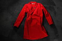 Красивые платья, разной модели в черном и красном цвете