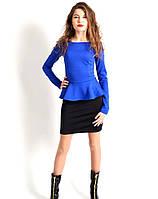 Оригинальное двуцветное платье с баской