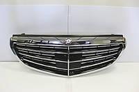 Mercedes E Class W212 рестайлинг 2013-16 решетка радиатора под дистроник Distronic Camera новый оригинальный