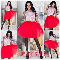 Платье короткое из гипюра с фатиновой юбкой красной