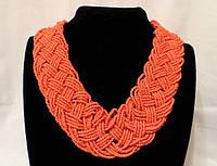 Ожерелье из бисера, кораллового цвета