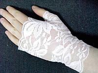 Свадебные перчатки-манжеты с большим пальцем (кремовые)