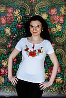 Жіноча вишита футболка. Модель:Мак і ромашка