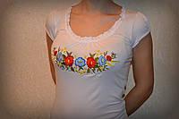 Жіноча вишита футболка. Модель:Рюшка з дзвіночками