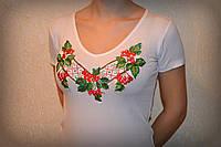 Жіноча вишита футболка. Модель:Калина з орнаментом