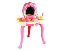 Детский столик для макияжа