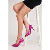 Женские лаковые туфли лодочки малинового цвета