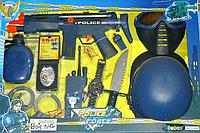 Набор полиции маска, пистолет, бинокль, автомат трещетка, в кор-ке + кодMMT-33550
