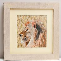 Вышитая картина Лев
