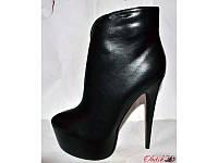 Ботильоны женские стильные Лабутен Louboutin черные KF0140