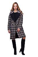Модное женское утепленное пальто на весну в клетку