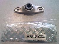 Заглушка стойки сдвижной двери нижняя Fiat Doblo 2000-2011
