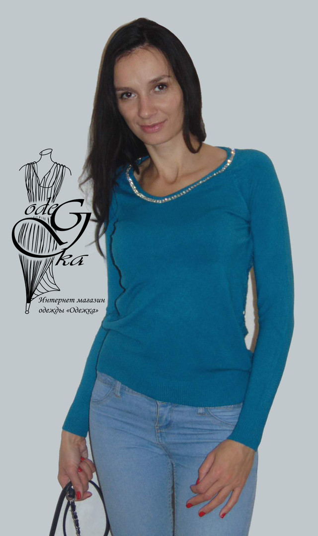 Фото Женского пуловера черного цвета с украшенной камнями горловинкой и ажурной спинкой Лилиана SvLl215