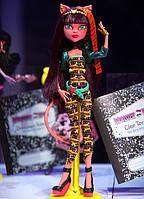 Клеолей Слияние монстров Monster High Freaky Fusion Cleolei Doll
