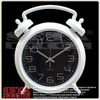 """Часы """"Будильник"""" настенные белые с чёрным циферблатом"""