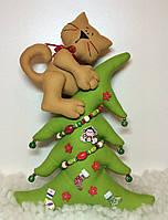 """Новогодняя игрушка ручной работы """"Кот и елка"""""""