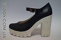 Натуральные кожаные синие туфли на платформе и высоком каблуке