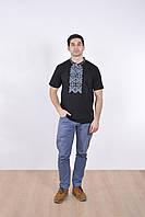 Нарядная мужская футболка вышиванка в черном цвете с этническим синим орнаментом