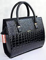 Женская сумка черная с принтом