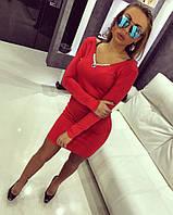 Женское красное короткое платье декорированно украшением с камнями SVAROVSKI  DT2621