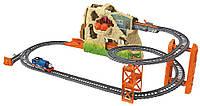 Игровой набор Трек и Паровоз Томас с паром и звуком, Путешествие через вулкан, Thomas' Volcano Drop Set