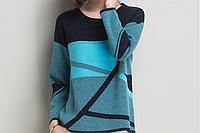 Комфортный тёплый свитер с абстрактным рисунком