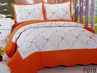 Стеганное покрывало на кровать евро-размер белое с оранжевым