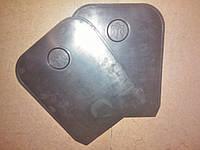 Брызговик лист трезубец под защиту