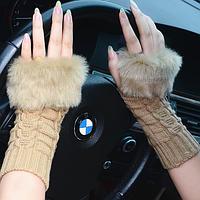 Вязаные коричневые митенки (перчатки без пальцев)