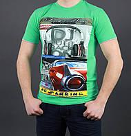 Модная молодежная футболка