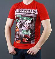 Красная мужская футболка из хлопка