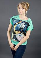 Красивая принторованная женская футболка