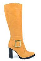 Желтые зимние сапоги женские кожаные на каблуке