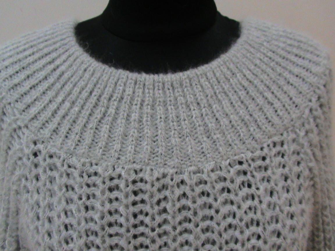 Розовый свитер женский доставка