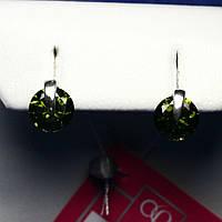 Маленькие серебряные серьги пусеты с зеленым камнем 2142